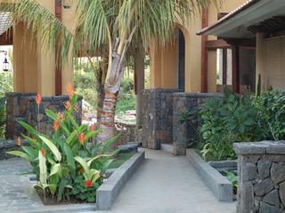 Aanari Hotel & Spa, Pasadena Village,