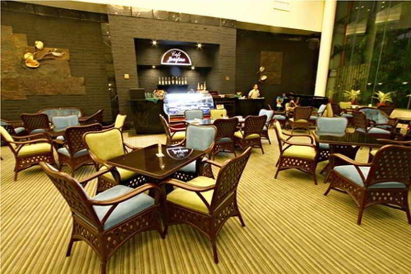 The Apo View - Restaurant