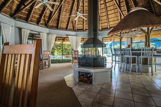 Sandals Guesthouse - Restaurant