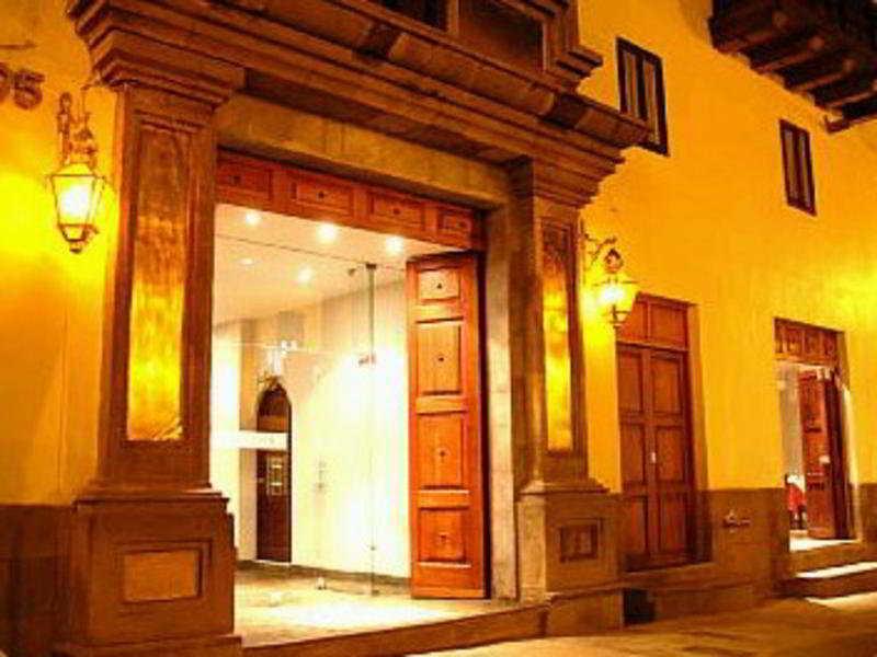 San Agustin El Dorado, Avenida El Sol,395