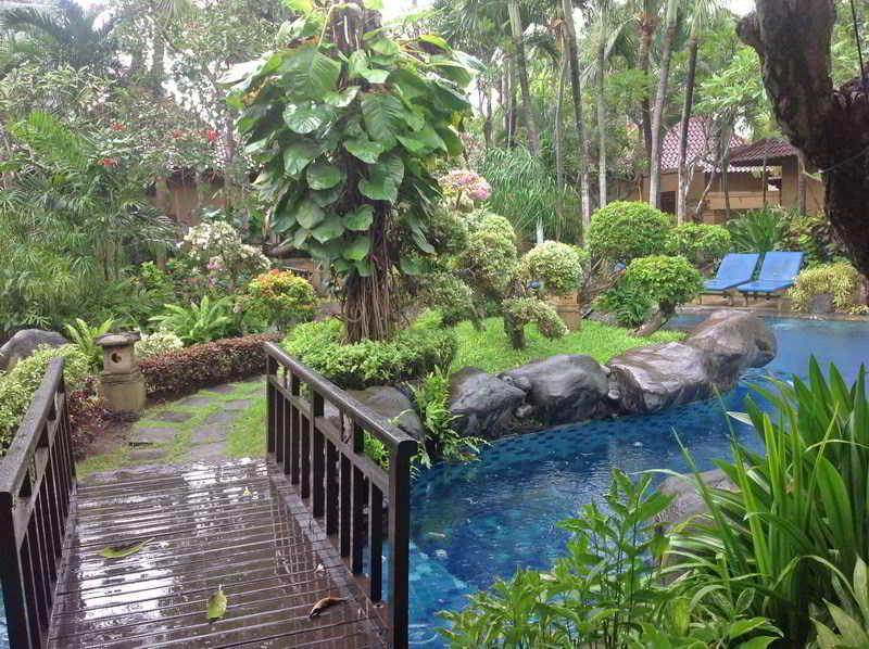 Parigata Spa Villas, Jl. Danau Poso No. 33,87