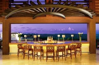 Dreams Riviera Cancun All Inclusive - Bar