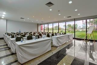 Golden Tulip Brasilia Alvorada Hotel - Konferenz