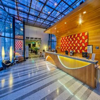 Golden Tulip Brasilia Alvorada Hotel - Diele