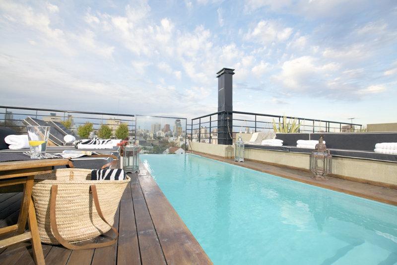 Ultra Hotel - Pool