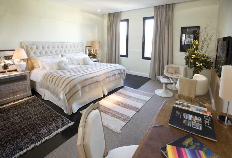 Ultra Hotel - Zimmer