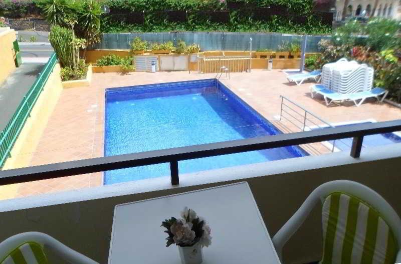 Monterrey - Pool