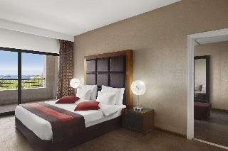Days Hotel by Wyndham Aqaba - Zimmer