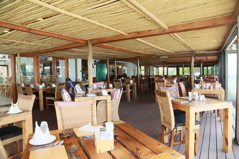 Crawford's Beach Lodge - Restaurant