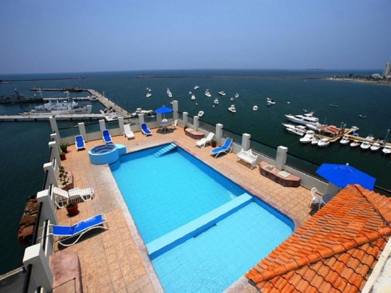 Mar y Tierra Hotel - Pool