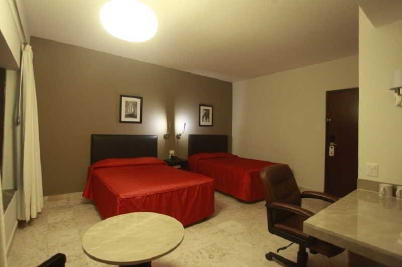 Mar y Tierra Hotel - Zimmer