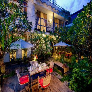 Frangipani Villa 90s, Stree 71, S. Boeung Keng…