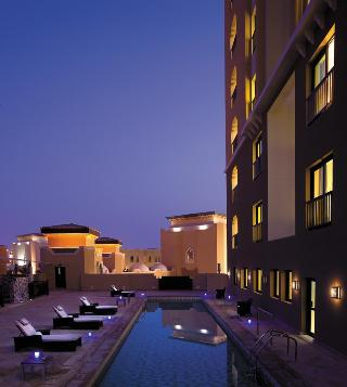 Traders Hotel-Qaryat Al Beri - Pool