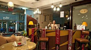 Al Jawhara Hotel Apartments - Bar