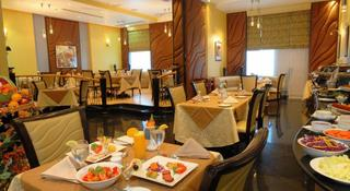 Al Jawhara Hotel Apartments - Restaurant