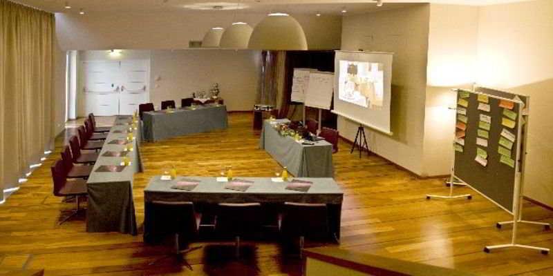Pakat Suites Hotel - Konferenz