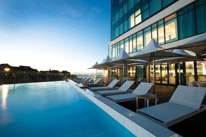 Radisson Blu Hotel Port Elizabeth - Pool