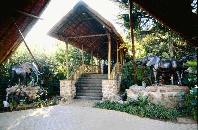 Misty Hills Country Hotel - Generell