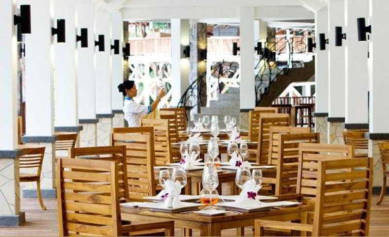 Bunga Raya Island Resort - Restaurant