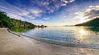 Bunga Raya Island Resort - Strand