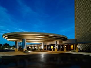 Chicago Marriott O'Hare, 8535 West Higgins Road,