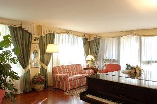 Torretta Hotel, V.le Bustichini,63