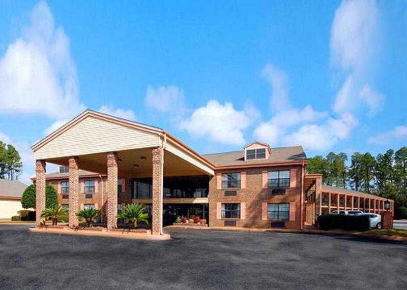 Quality Inn Pensacola…, 6550 Pensacola Blvd,