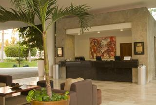 Ocean Breeze Hotels Acapulco - Diele