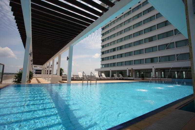 RH Hotel Sibu, Sarawak - Pool