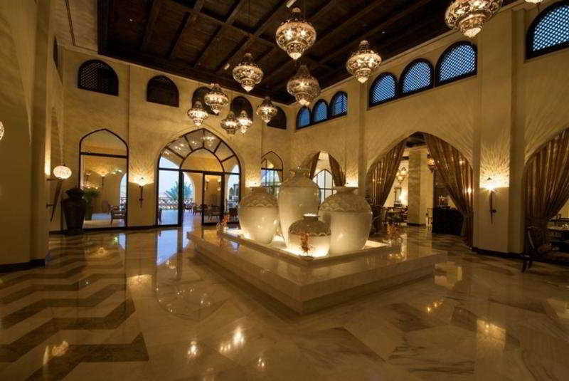 Tilal Liwa Hotel - Diele