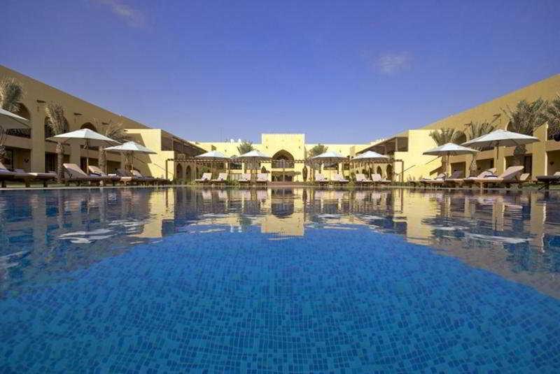 Tilal Liwa Hotel - Pool