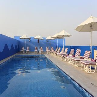 Premier Inn Dubai Investments Park - Pool