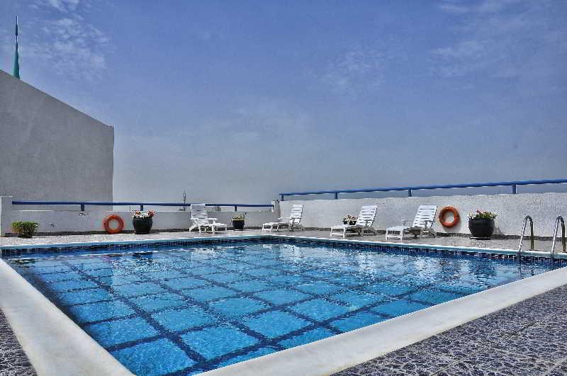 Juffair Grand Hotel - Pool