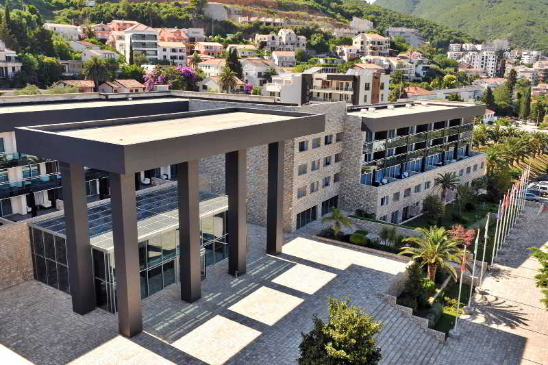 Avala Resort & Villas - Generell