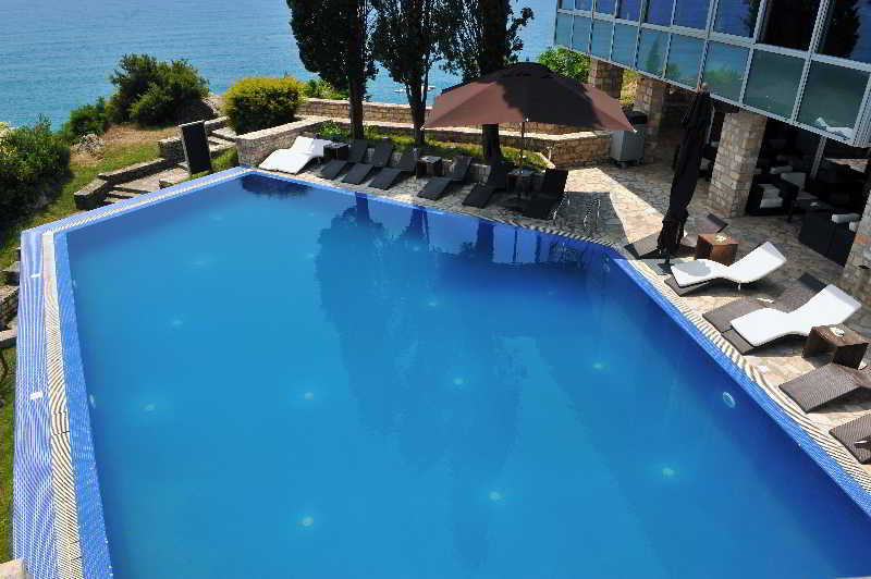 Avala Resort & Villas - Pool