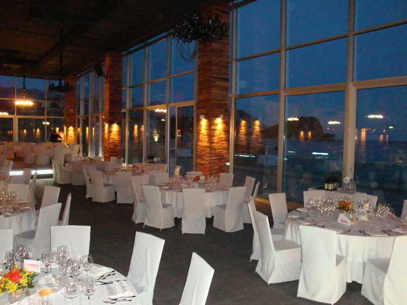 Avala Resort & Villas - Restaurant