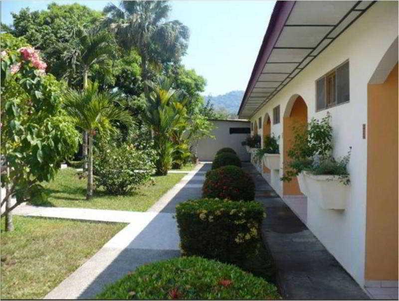 Villa Creole, Calle Europa 20,