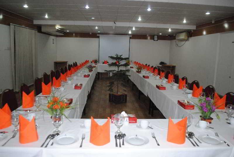 Sel Nibash - Konferenz