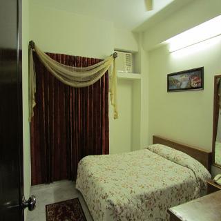 Sel Nibash - Zimmer