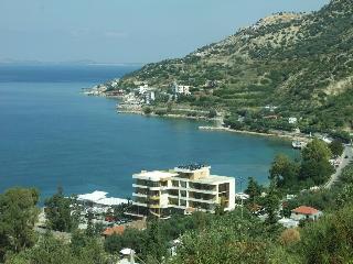 Paradise Beach, Radhime, Km 12, Vlore, Shqiperi,