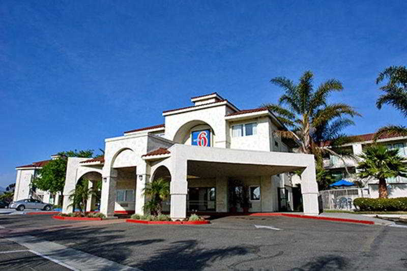 Motel 6 Ventura South, 3075 Johnson Drive,