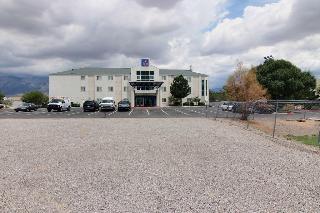 Motel 6 Albuquerque…, 8510 Pan American Freeway…