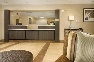Quality Inn & Suites, 8849 Richmond Hwy,