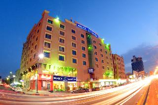 Hala Hotel Al Khobar, King Abdullah Road 31952,