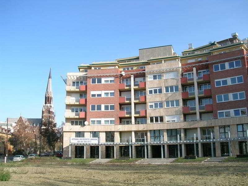 Far Home Apartments, Thokoly Ut,31-33