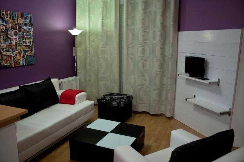 Far Home Apartments