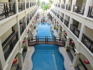 Golden Phoenix Hotel…, Boat Station 3, Manoc Manoc,