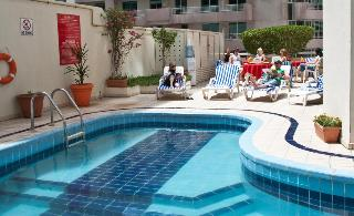 Regal Plaza Hotel - Pool