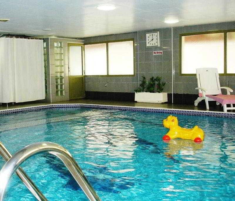 Al Shams Plaza Hotel Apartments - Pool