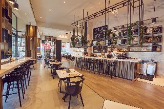 Media One - Restaurant